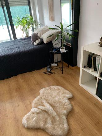 Rent this 2 bed room on Urbanização das Faias in Rua das Faias, 2615-273 Alverca do Ribatejo e Sobralinho