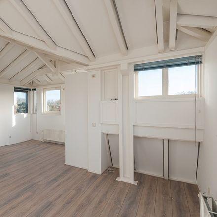 Rent this 0 bed apartment on Klaaskampen in 1251 KM Laren, The Netherlands