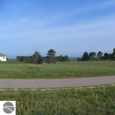 Rent this 0 bed apartment on S Meadow Dr in Cadillac, MI