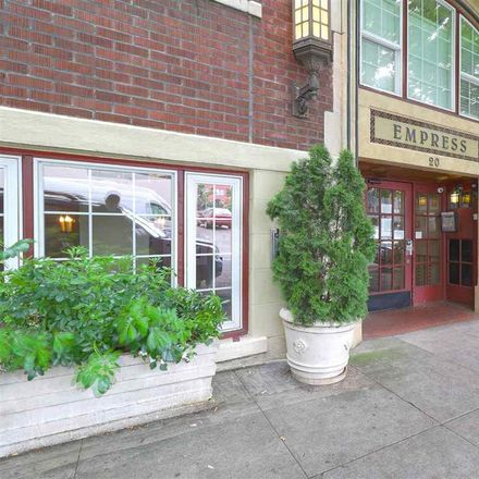 Rent this 0 bed condo on NW 16th Ave in Portland, OR