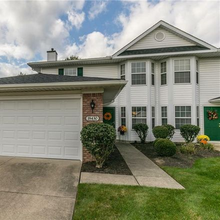 Rent this 3 bed townhouse on 18430 Woodhaven Drive in Strongsville, OH 44149