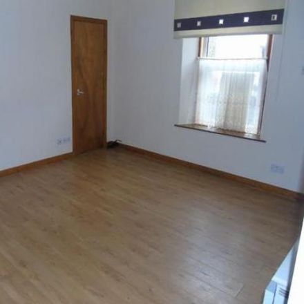 Rent this 2 bed house on Kingdom Hall of Jehovah's Witnesses in Argyle Street, Inverness IV2 3BA