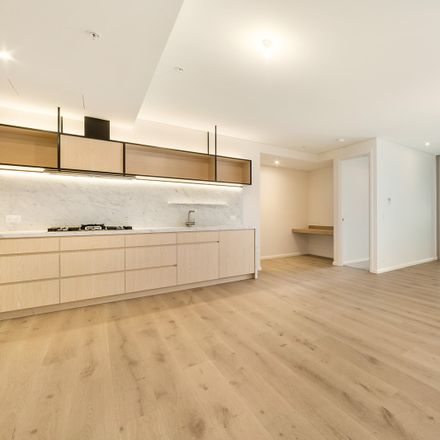 Rent this 2 bed apartment on 9.09/131-141 Russell Street