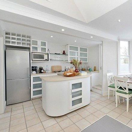 Rent this 1 bed apartment on Westbourne Grove in London W11 2PY, United Kingdom
