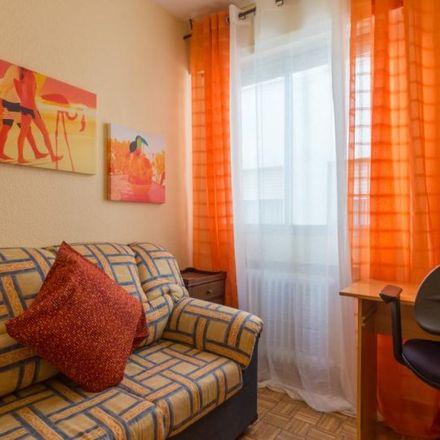 Rent this 5 bed apartment on Calle de Demetrio Ducas in 28803 Alcalá de Henares, Spain