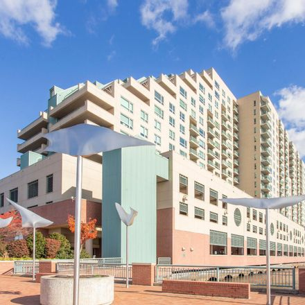 Rent this 1 bed condo on South Christopher Columbus Boulevard in Philadelphia, PA 19147