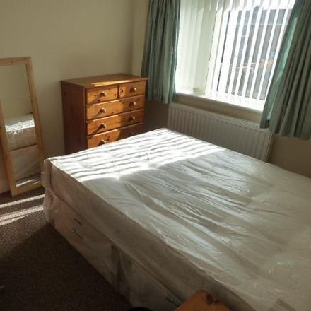 Rent this 3 bed house on Alnwick Road in Durham DH1 5NL, United Kingdom