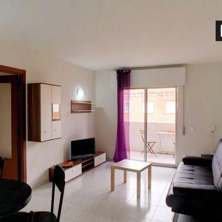 Rent this 4 bed apartment on Ahorramás in Calle de San Asturio Serrano, 28802 Alcalá de Henares