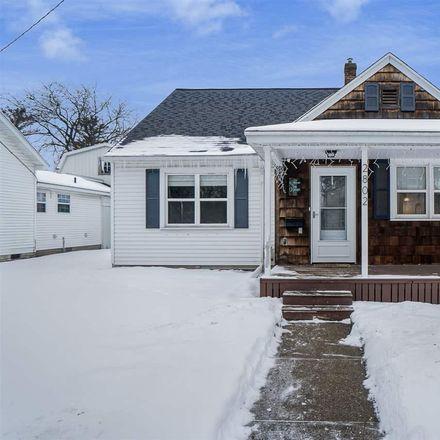 Rent this 3 bed house on Schemm St in Saginaw, MI