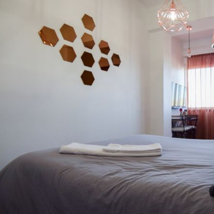 Rent this 6 bed apartment on Rua dos Soeiros in 1500-581 Lisbon, Portugal