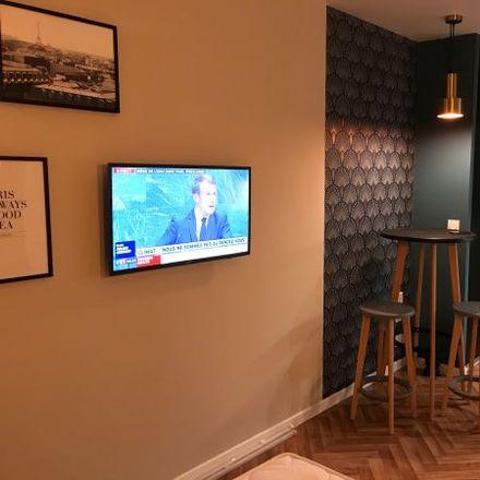 Rent this 1 bed apartment on 56 Avenue de l'Arche in 92400 Courbevoie, France