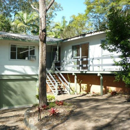 Rent this 5 bed house on 35 Norman Street