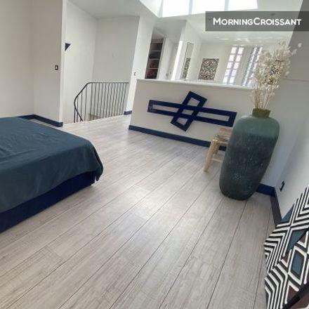 Rent this 3 bed apartment on Marseille in Le Panier, PROVENCE-ALPES-CÔTE D'AZUR