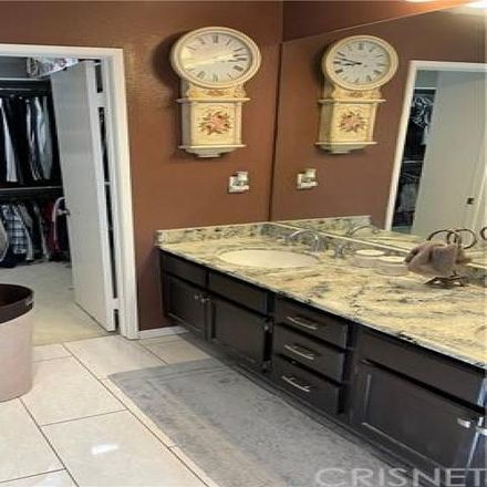 Rent this 3 bed condo on unnamed road in Los Angeles, CA 91325