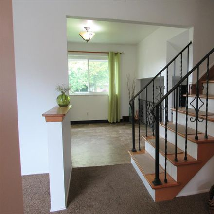 Rent this 3 bed house on Lakeshore Dr in Harrison, MI