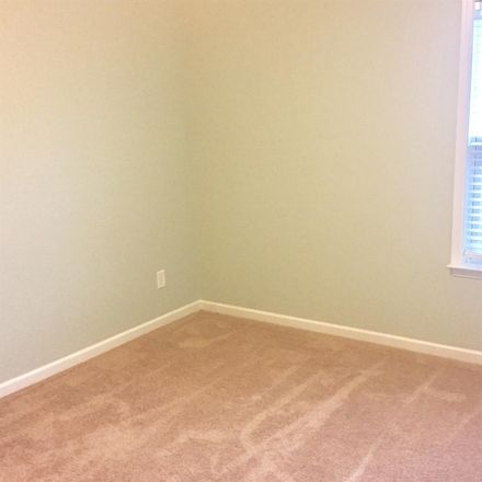 Rent this 1 bed room on 163 East 16th Street in Charlotte, NC 28206