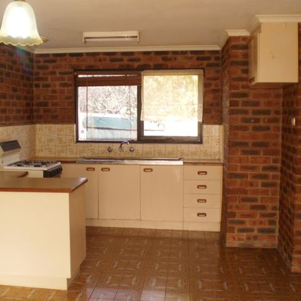 Rent this 2 bed apartment on 2/88 Mount Dandenong Road