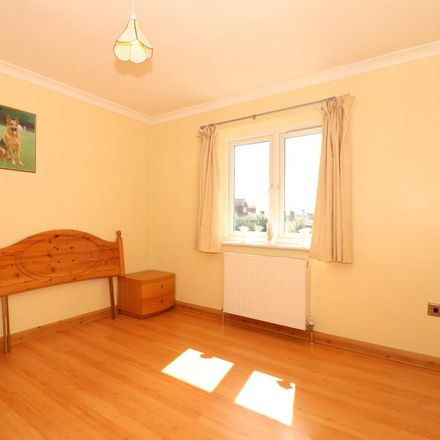 Rent this 2 bed apartment on Powdermill Lane in Tunbridge Wells TN4 9DU, United Kingdom