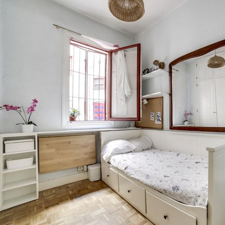 Rent this 3 bed room on Dia & Go in Calle Alonso del Barco, 28001 Madrid