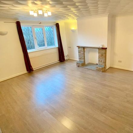 Rent this 3 bed house on Burton Road in Barnsley S71 2BU, United Kingdom