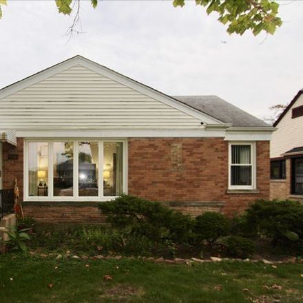 Rent this 3 bed house on 4815 Fargo Avenue in Skokie, IL 60077