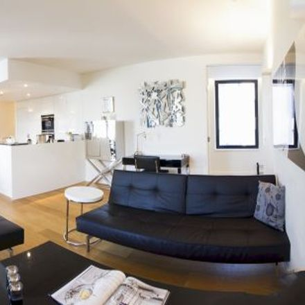 Rent this 3 bed apartment on Rue Bosquet - Bosquetstraat 2A in 1060 Saint-Gilles - Sint-Gillis, Belgium
