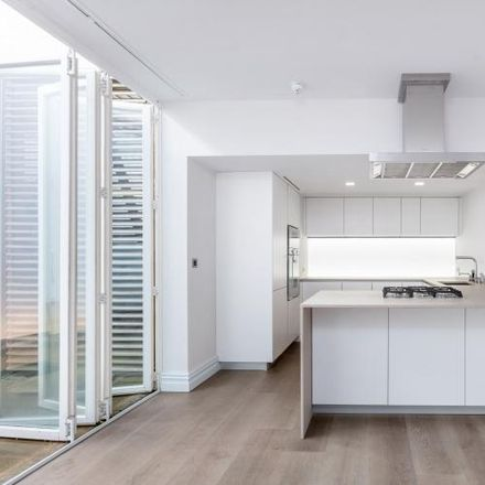 Rent this 4 bed house on 12 Queen's Gate Mews in London SW7 5QJ, United Kingdom