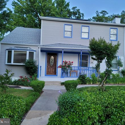 Rent this 11 bed house on 5011 54th Place in Hyattsville, MD 20781