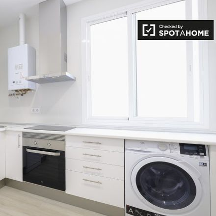 Rent this 5 bed apartment on Calle de los Vascos in 13, 28001 Madrid