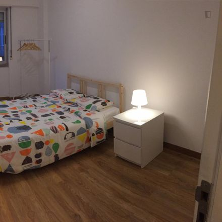 Rent this 5 bed room on Rua Morais Soares 138 in Arroios, Portugal