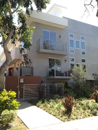 Rent this 2 bed apartment on 3636 Mentone Avenue in Los Angeles, CA 90034