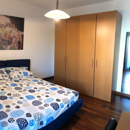 Rent this 3 bed room on Viale Giuseppe Lainò in 5, 95126 Catania CT