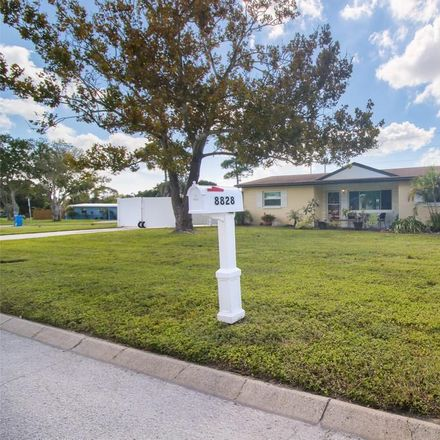 Rent this 4 bed house on Robin Road in Altamonte Springs, FL 32701