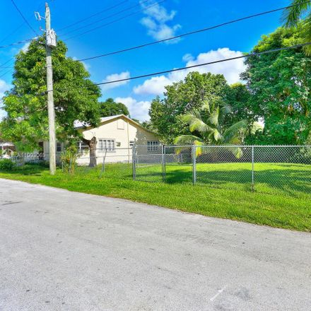 Rent this null bed house on 3801 Oak Ave in Coconut Grove, FL