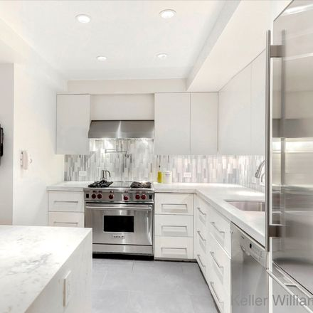 Rent this 2 bed loft on 148 West 23rd Street in New York, NY 10011
