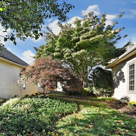 Rent this 3 bed house on 320 Overlook Ln in Conshohocken, PA
