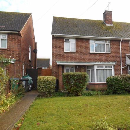 Rent this 3 bed house on Croxley View in Watford WD18 6NX, United Kingdom