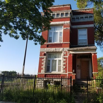 Rent this 5 bed duplex on 3311 West Monroe Street in Chicago, IL 60624
