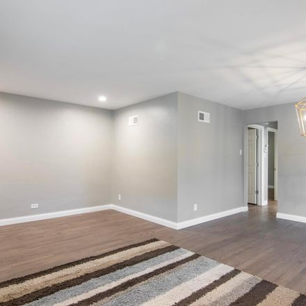 Rent this 3 bed house on S Kingshighway Blvd in Saint Louis, MO
