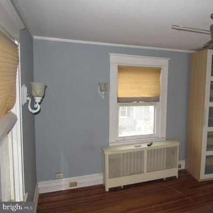 Rent this 5 bed house on 7 North Beechwood Avenue in Catonsville, MD 21228