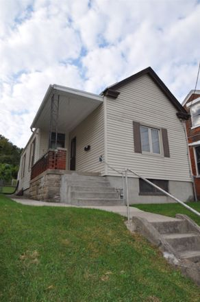 Rent this 2 bed house on 7th Avenue in Dayton, KY 41074