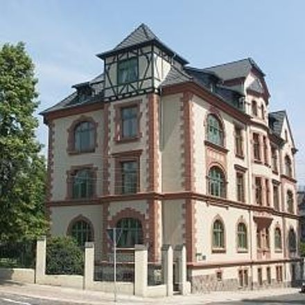 Rent this 3 bed apartment on Geschwister-Scholl-Straße in 08393 Meerane, Germany