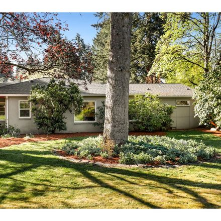 Rent this 3 bed house on SE Risley Ave in Portland, OR