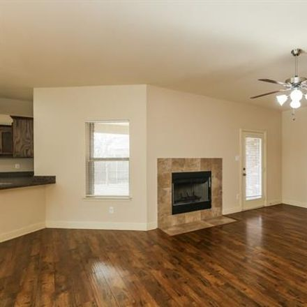 Rent this 4 bed house on 635 Halley Lane in Lancaster, TX 75146