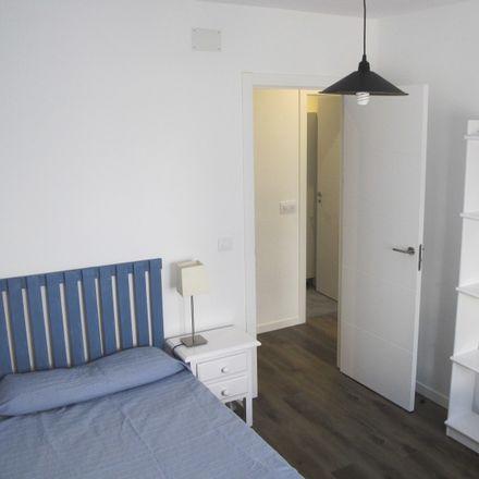 Rent this 3 bed apartment on Calle de la Oca in 28001 Madrid, Spain