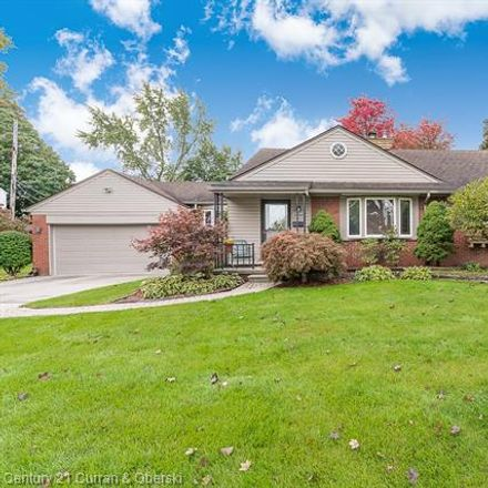 Rent this 3 bed house on 25151 Fairway Drive in Dearborn, MI 48124