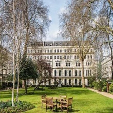 Rent this 1 bed apartment on Garden House in 86-92 Kensington Gardens Square, London W2 4BB