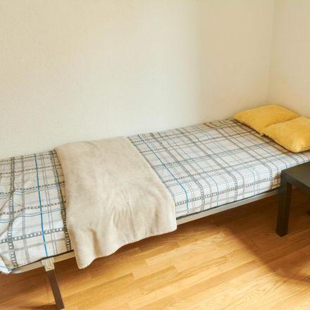 Rent this 7 bed room on Parking El Mercado in Calle José Hernández Afonso, 38003 Santa Cruz de Tenerife