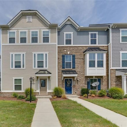 Rent this 3 bed townhouse on Virginia Beach