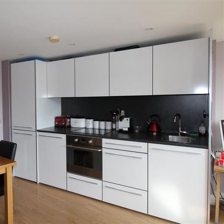 Rent this 2 bed apartment on La Tour Cycle Cafe in Albion Quay, Ipswich IP4 1FT